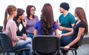 Работа в группах помогает осознать проблему